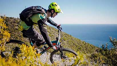 Mountain bike, trekking, climbing, snorkeling…: the perfect place for outdoor sport in the Ligurian Riviera!